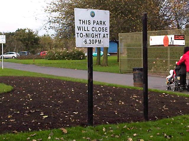 Victoria Park signage